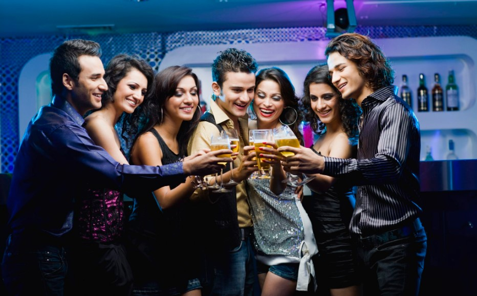 Nightlife in India – Top 5 Bars and Nightclubs in India to Get You Entertained